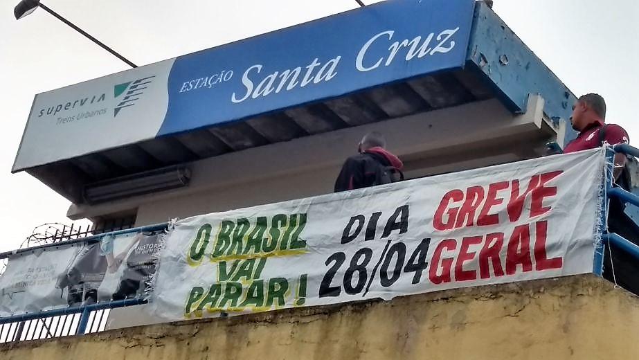 É golpe: Maia diz que Plenário pode analisar de novo urgência para reforma trabalhista