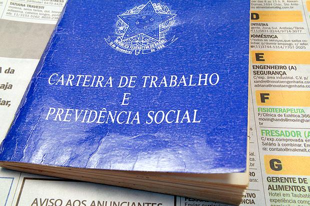 Brasil estagnado: número de carteiras assinadas é o mesmo de 2009