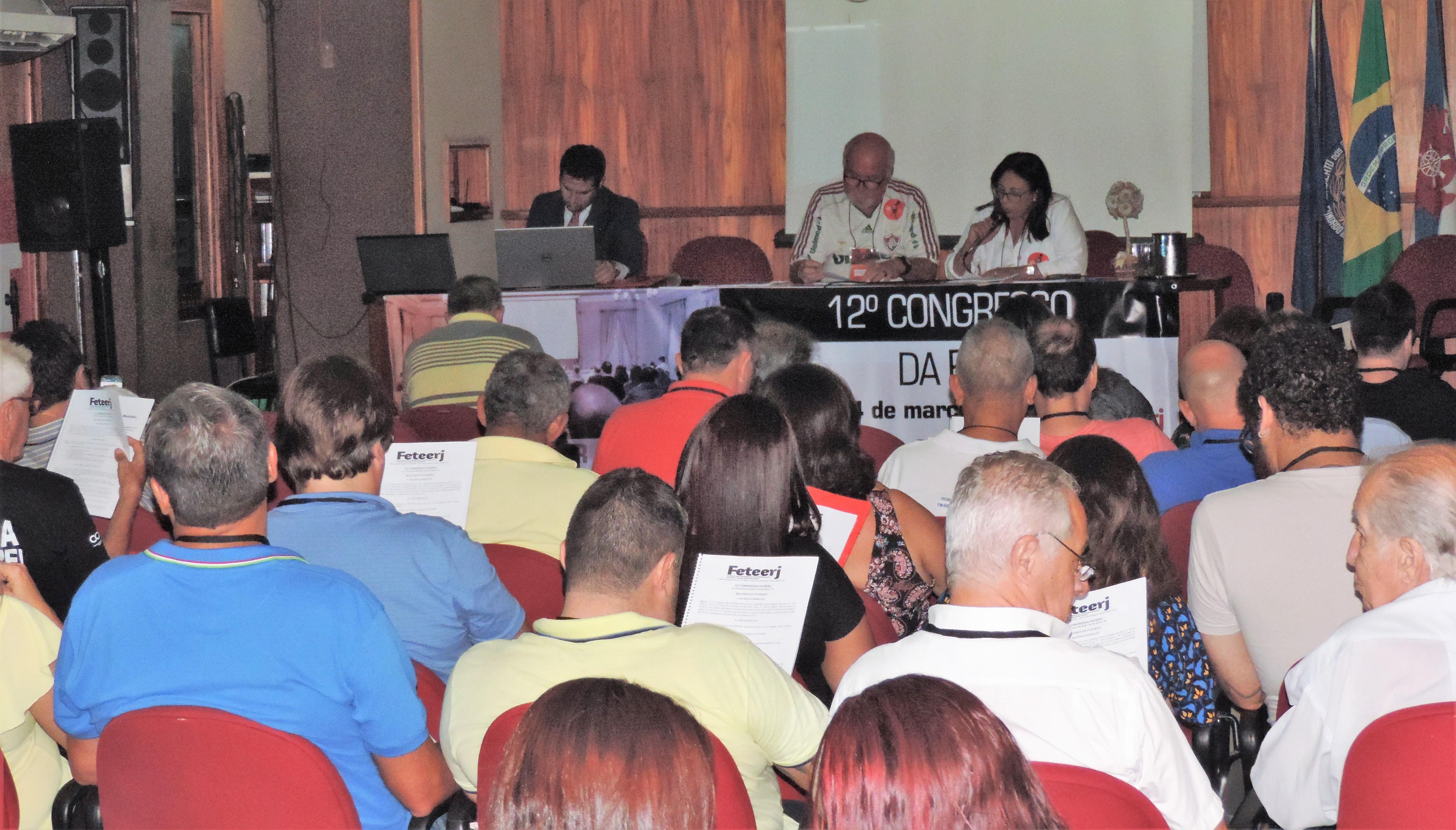Feteerj realiza seu 12º Congresso