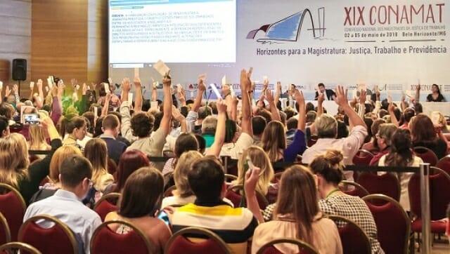 Congresso de juízes trabalhistas: reforma trabalhista deve ser aplicada de acordo com a Constituição Federal