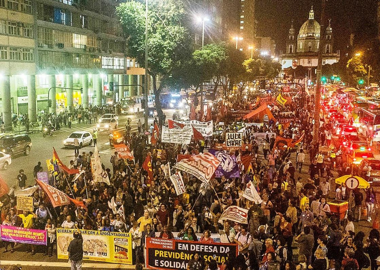 Jornal da Feteerj: campanha salarial 2019 e mobilização contra a reforma da previdência