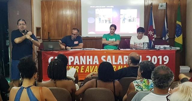 Professores das escolas e universidades particulares do município do Rio aderem à greve nacional da educação de 15 de maio