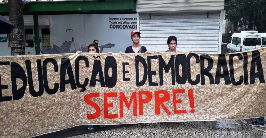 PACOTE DE BOLSONARO/GUEDES É O AI 5 ECONÔMICO – O FIM DOS DIREITOS SOCIAIS