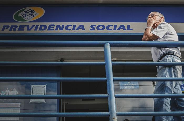 SENADO ADIA NOVAMENTE VOTAÇÃO DA REFORMA DA PREVIDÊNCIA – PRESSÃO DOS TRABALHADORES TEM QUE AUMENTAR